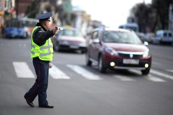 В Перми таксист без прав спровоцировал ДТП, трое пострадали