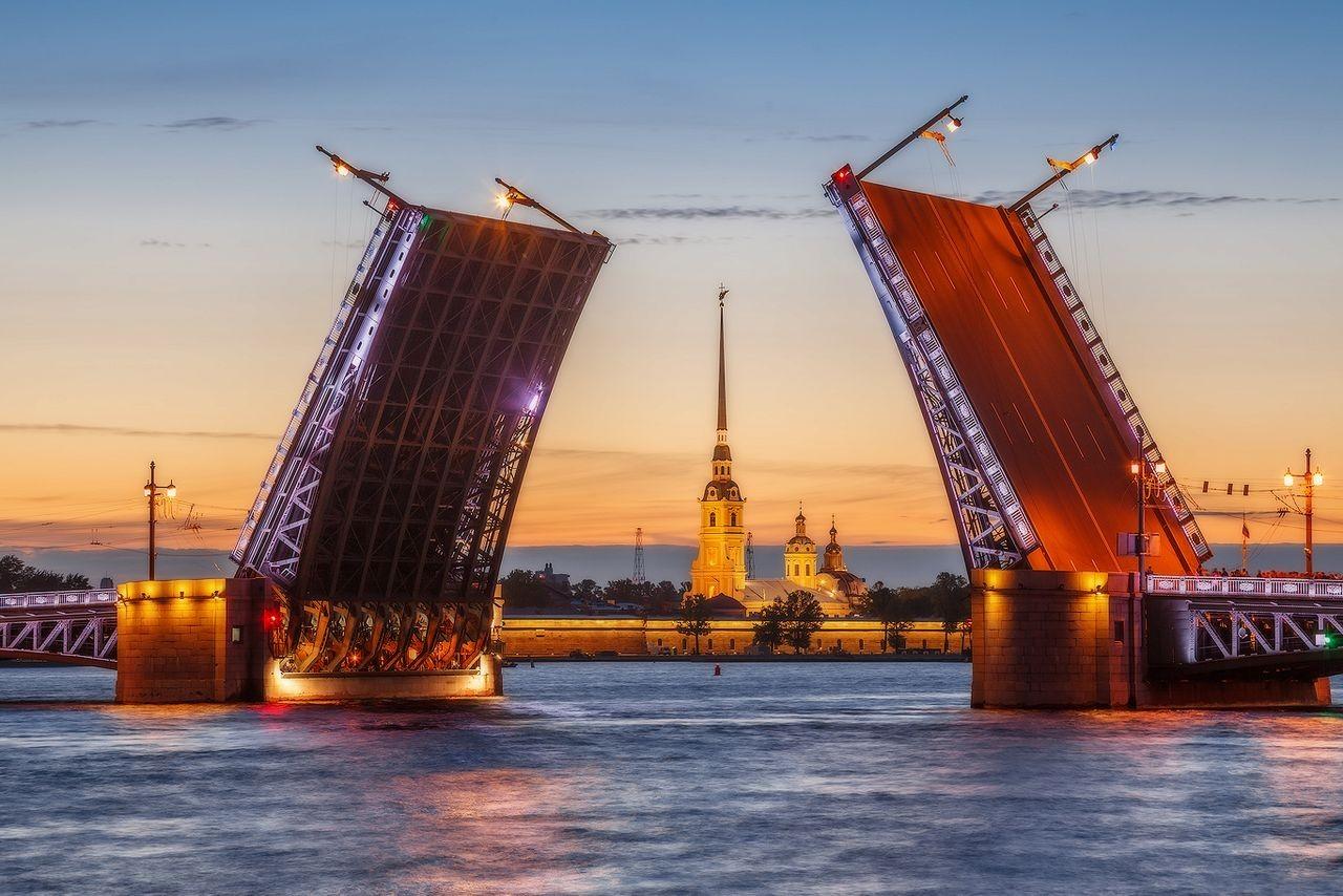 Количество гостей «Поющих мостов» вПетербурге превысило 3 млн
