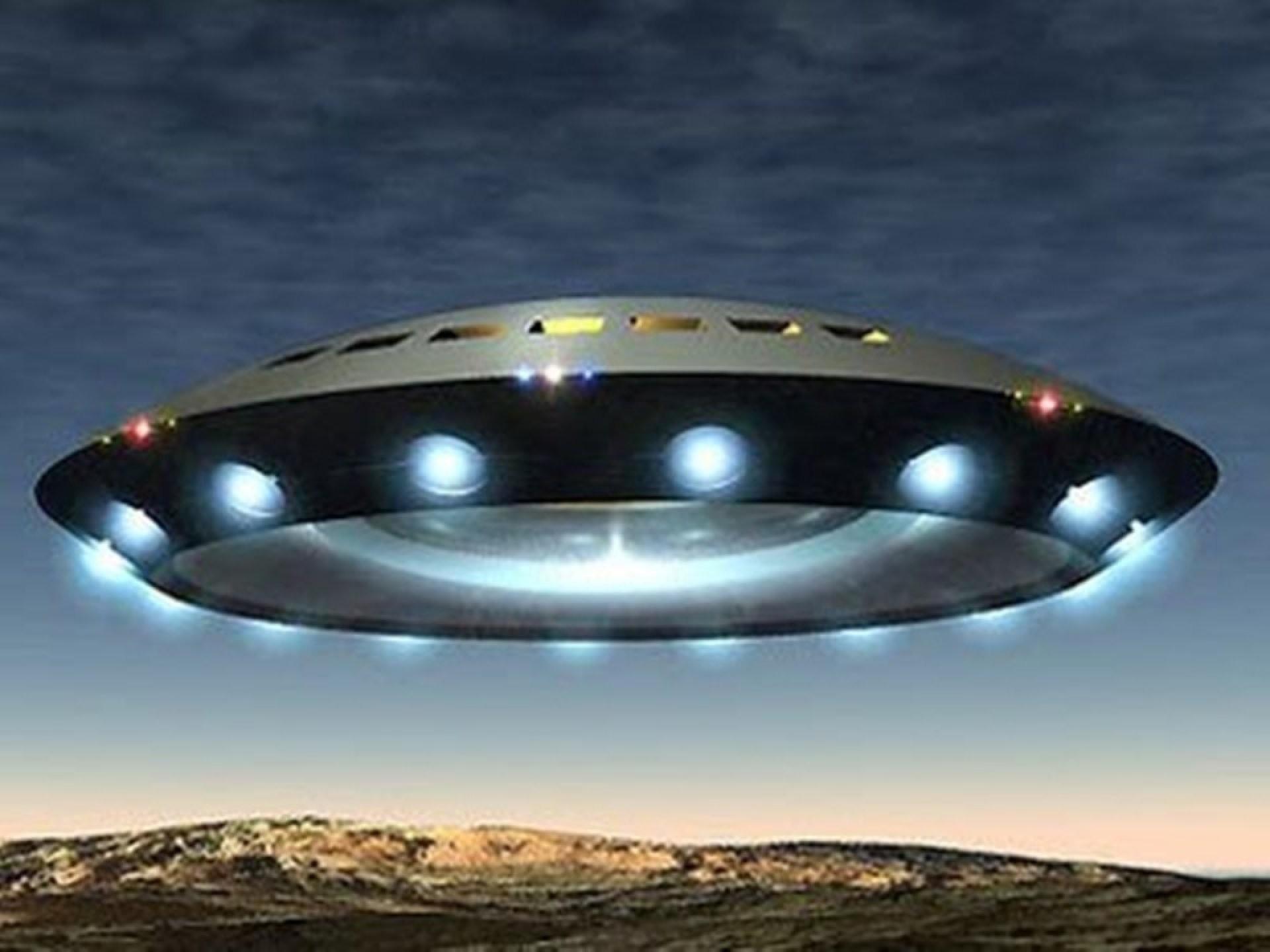 Уфологи: Группу Игоря Дятлова могли уничтожить инопланетяне при посадке наЗемлю