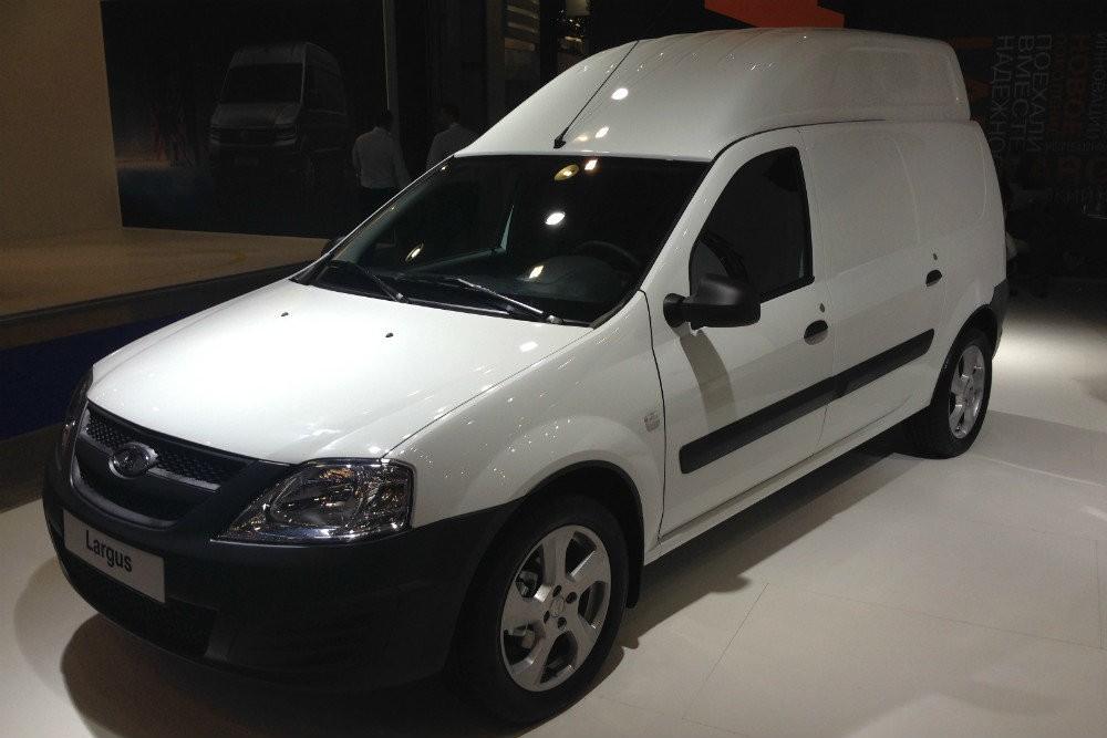 «АвтоВАЗ» представил фургон «Лада Ларгус» свысокой крышей