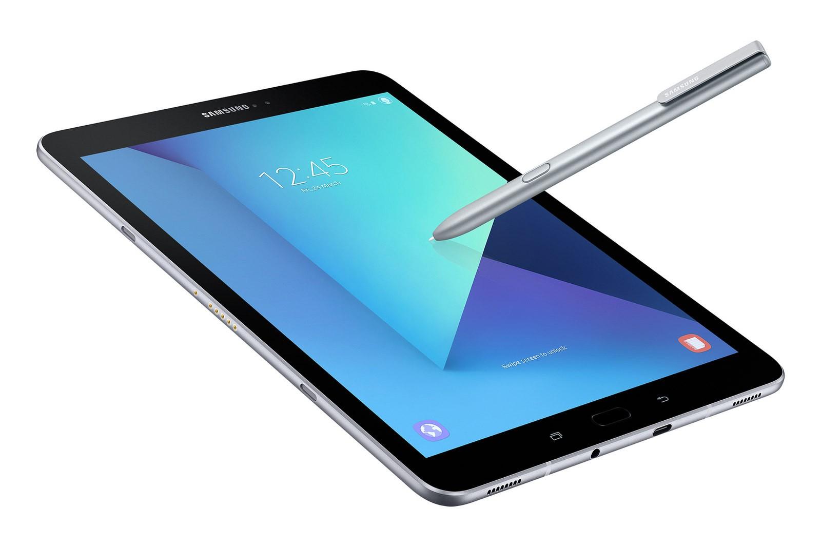 Двухкамерный смартфон Самсунг Galaxy C8 представят наследующей неделе