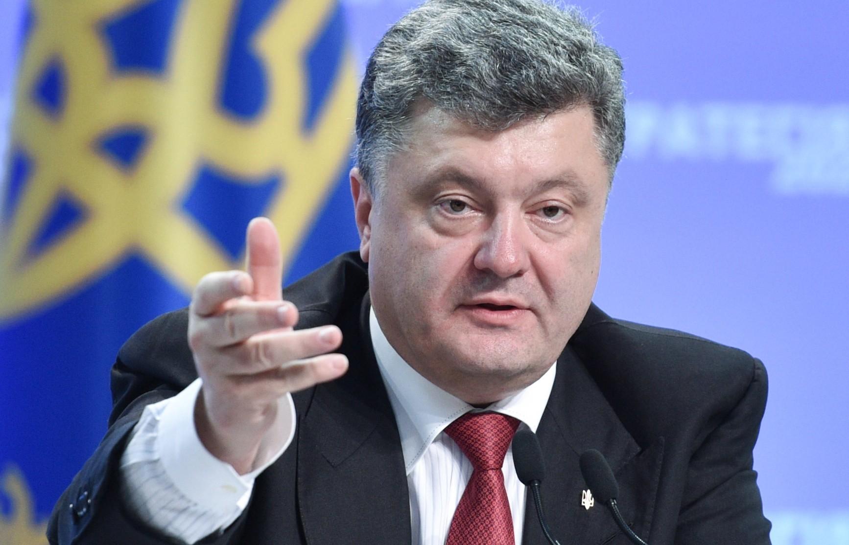 Порошенко заявил о создании на Украине нового БТР по стандартам НАТО