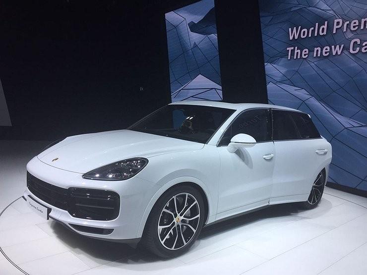 Новый Porsche Cayenne Turbo появится в России в 2018 году