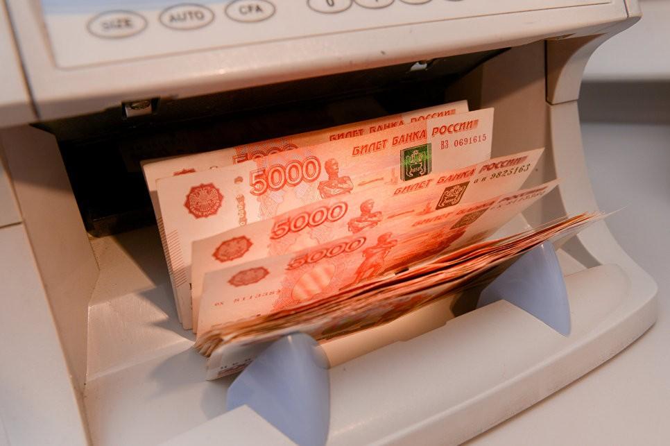 Superjob: жителю Петербурга для счастья нужно больше денежных средств, чем жителю столицы