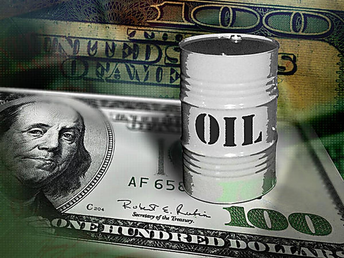 Венесуэла намерена отказаться от расчета за нефть в долларах