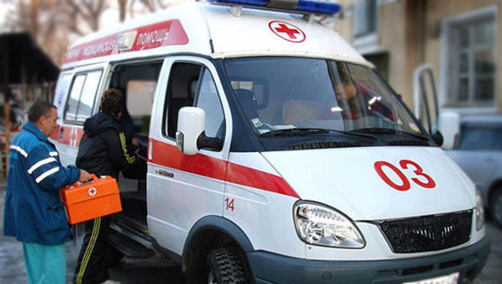 Два человека пострадали вДТП смашиной скорой помощи насевере столицы
