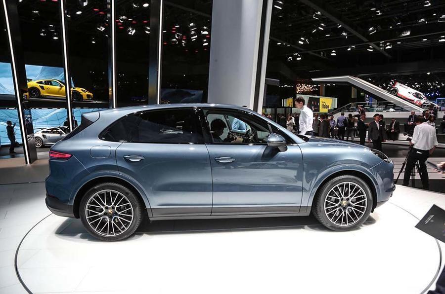Производитель автомобилей Порш собирается сделать новейшую версию Cayenne кросс-купе