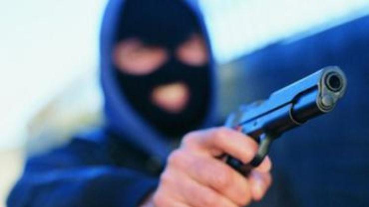 Появилось видео ограбления «ЛОКО-банка» вСамаре