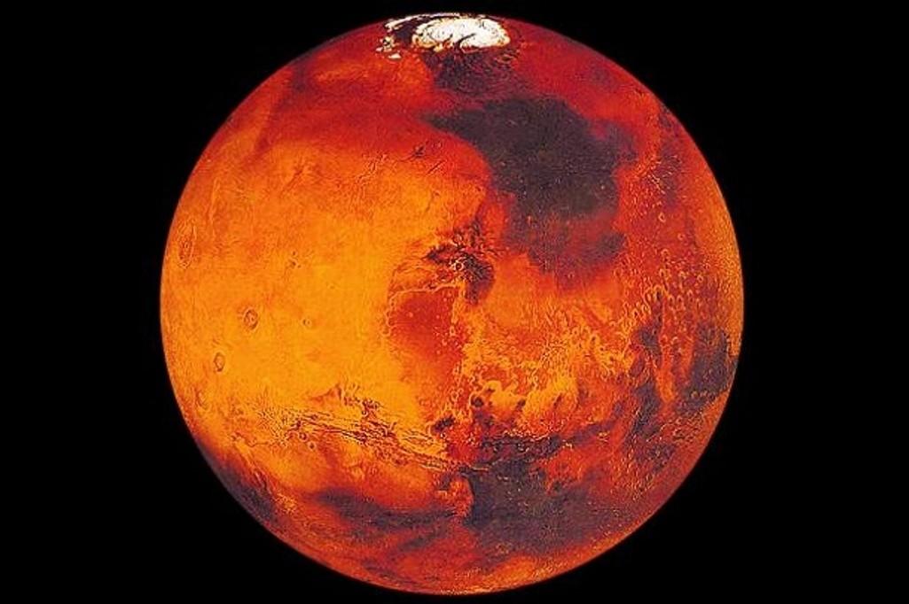 Астрономы: кора Марса имеет аномальную структуру
