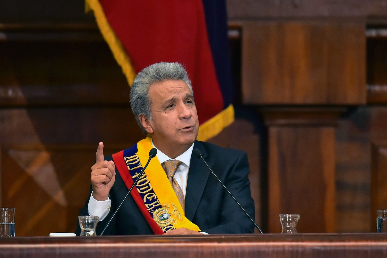 Скрытая камера вела запись вкабинете президента Эквадора около 8-ми лет