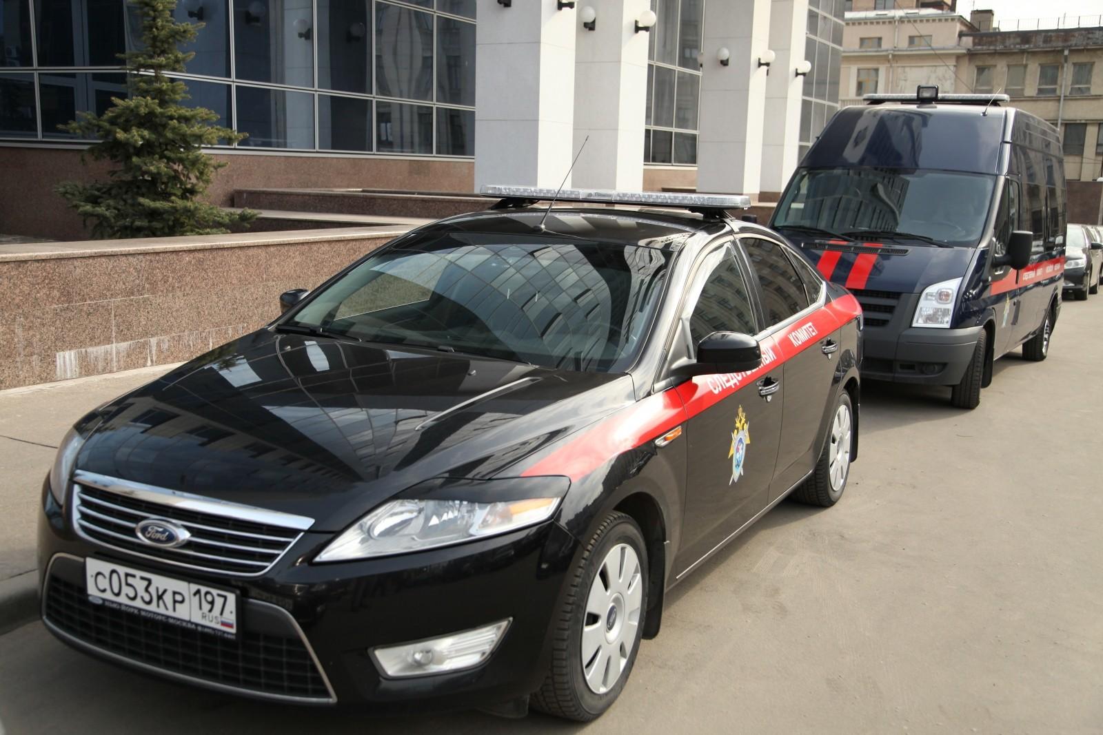 Мужчина сотвёрткой нападает надетей вКрасноярске