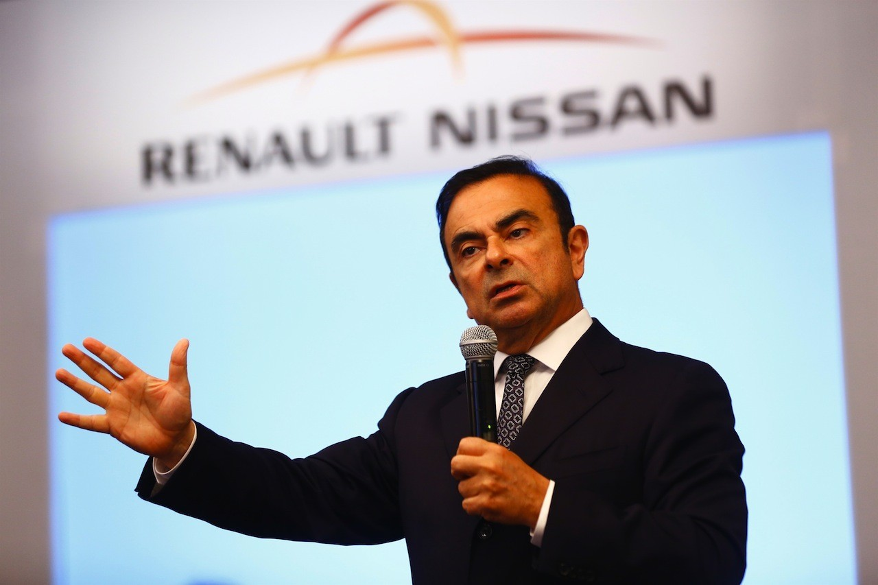 in what ways is carlos ghosn a visionary leader