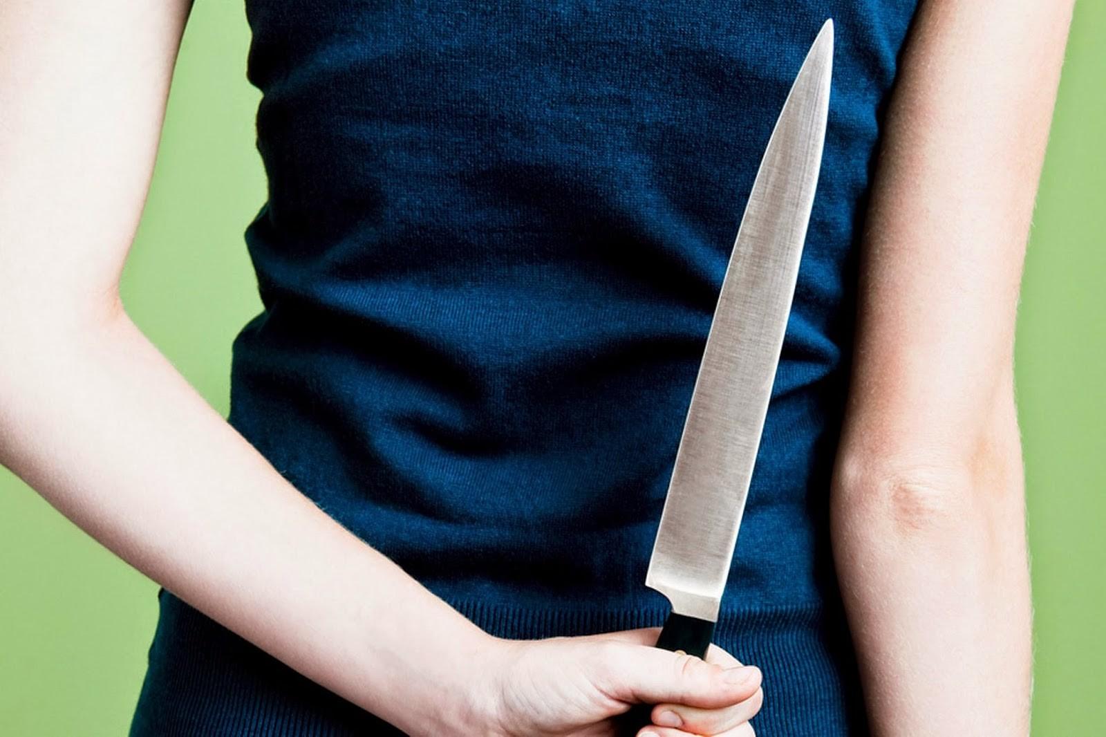 ВЧелябинске 35-летняя женщина ударила приятельницу ножом вгрудь