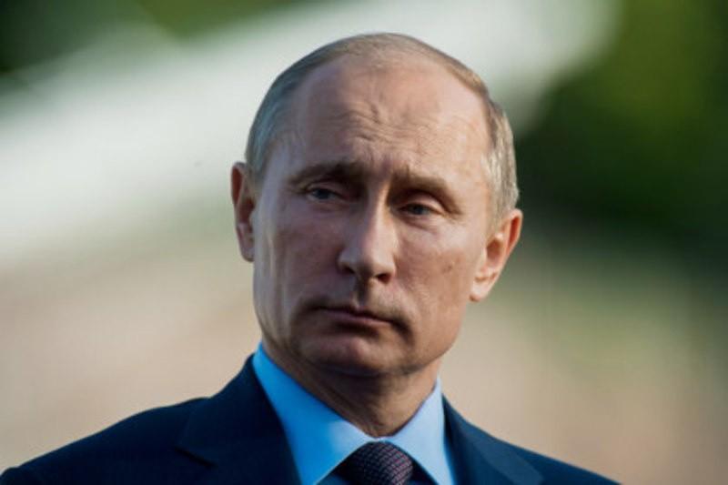 Путин установил нового посла вКамерун