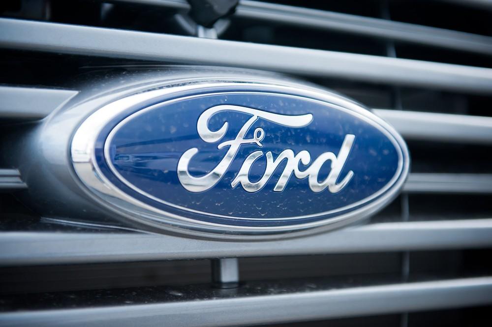 Компания Форд (F) приостановит производство на 5-ти заводах в Америке