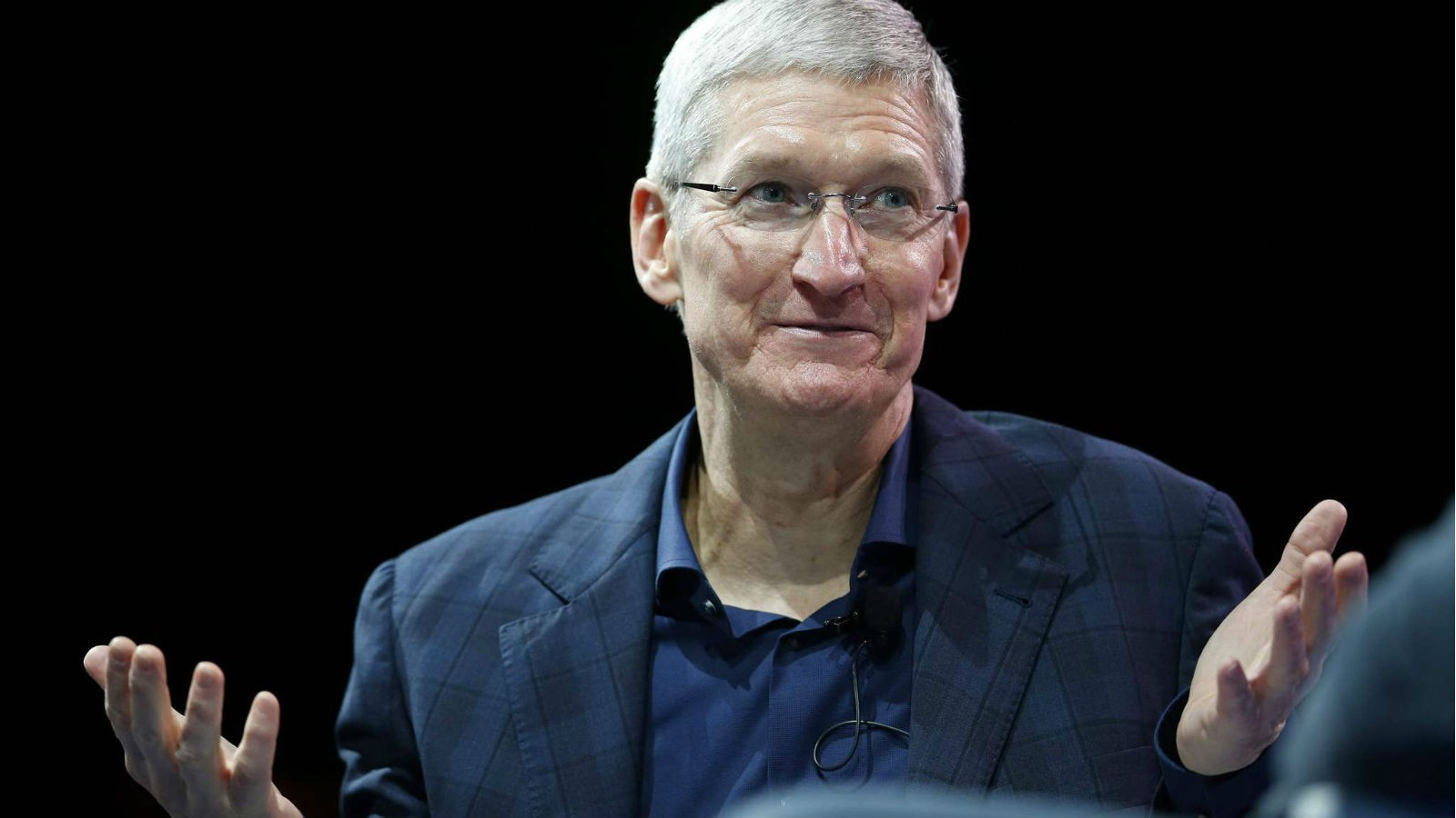 Тим Кук объявил, что считает «разумной» цену наiPhone X