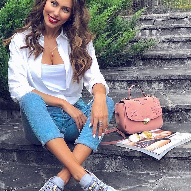 Галина Миргаева обнародовала в социальная сеть Instagram фото вкупальнике 10-летней давности