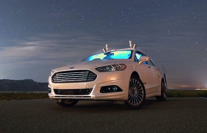 Форд выпустит беспилотник для каршеринга к 2021