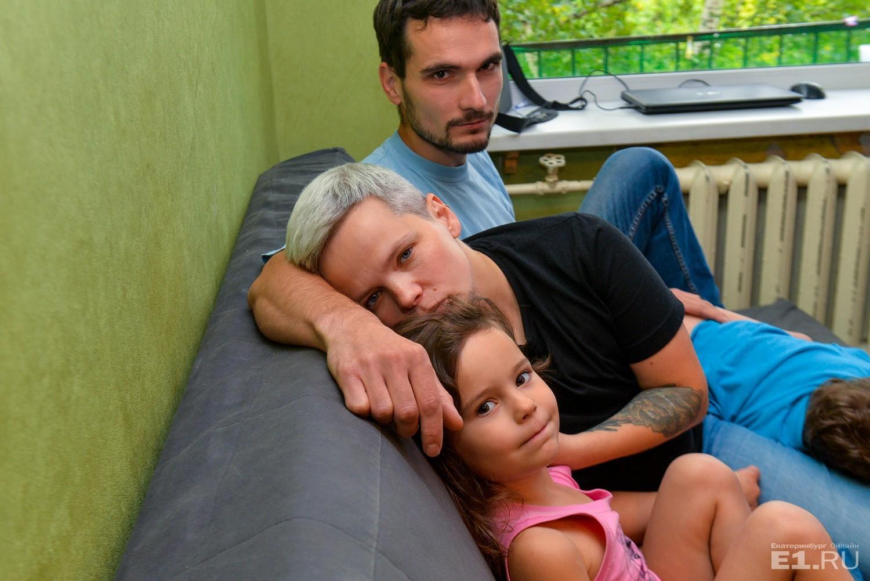 Депутат Государственной думы просит разобраться вситуации изъятия детей уженщины, удалившей грудь