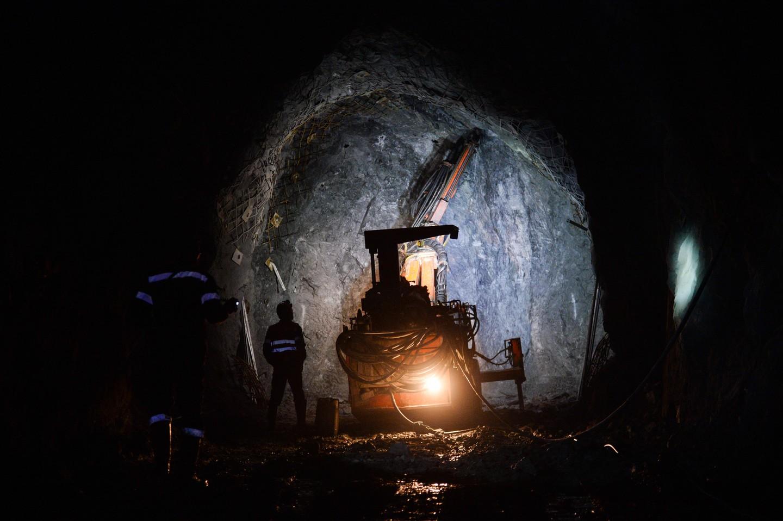ВВоркуте случилось задымление шахты, где находилось 263 человека