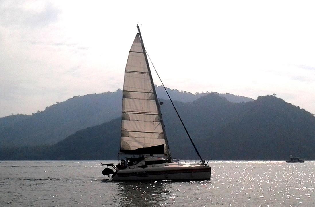 ВТаиланде разбилась яхта с 2-мя российскими гражданами наборту