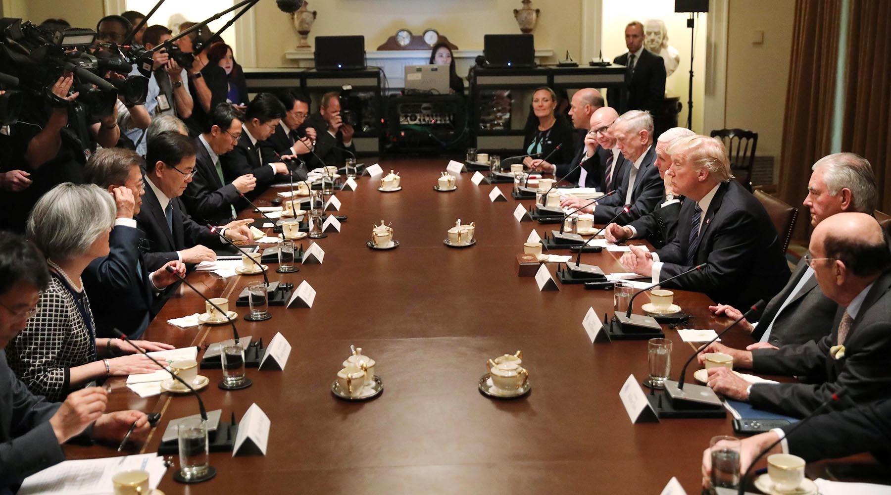 Трамп пообещал новые санкции против Северной Кореи