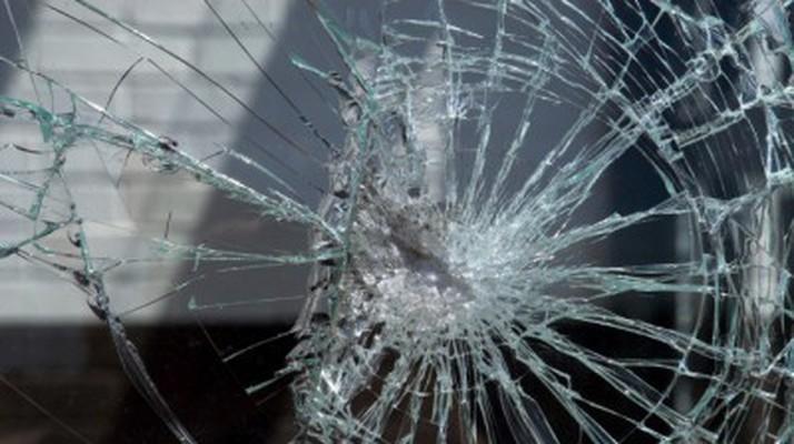 Неизвестные обстреляли пассажирский автобус вЛюблино