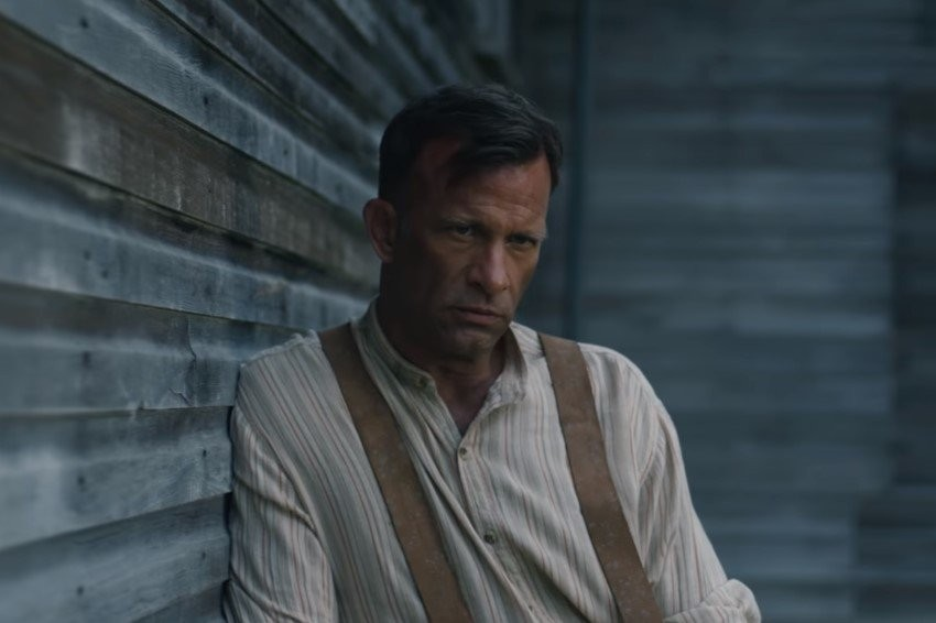 Вweb-сети опубликовали трейлер фильма «1922», снятого помотивам новеллы Стивена Кинга