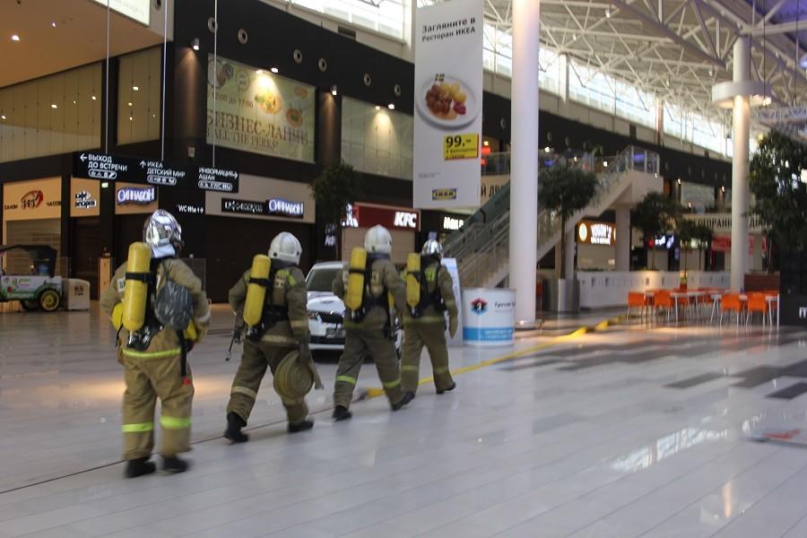 В российской столице эвакуируютТЦ «Океания» иеще 5 центров