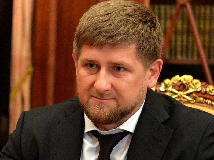 Кадыров объявил, что невидит альтернативы Путину напосту президента РФ