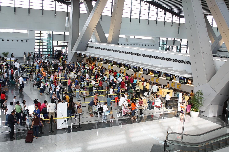 ВДомодедово из-за компании «ВИМ-Авиа» застряли 500 китайских туристов