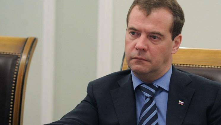 Медведев поведал о вероятном срыве плана построительству жилья
