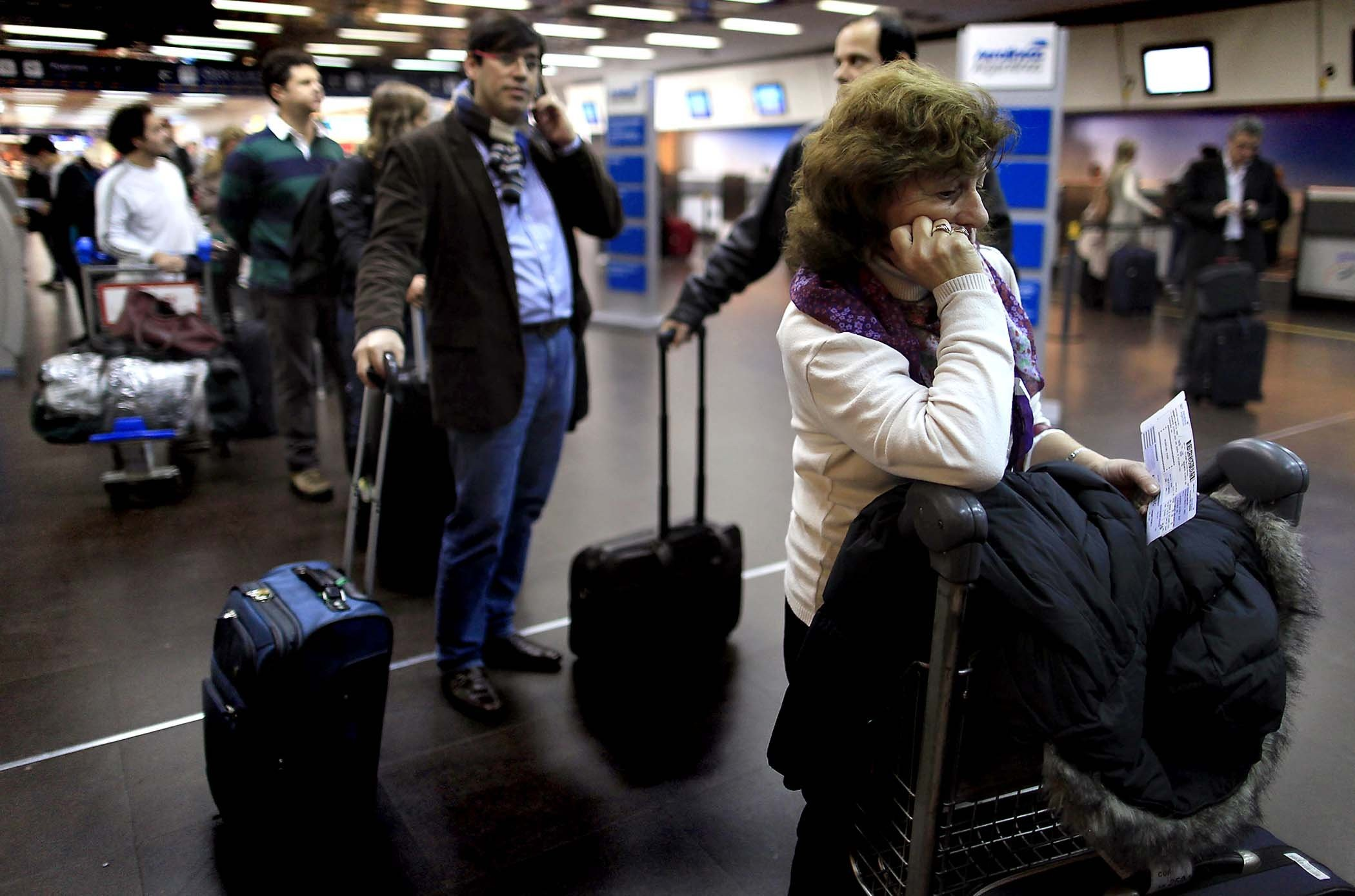 В столице ваэропортах отменили либо задержали неменее 50 рейсов