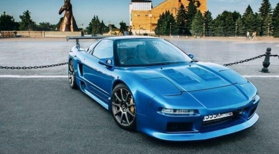 ВСтаврополе реализуют эксклюзивный спорткар Хонда NSX 1991 года
