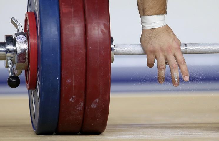 Русские тяжелоатлеты отстранены отчемпионата мира порешению IWF