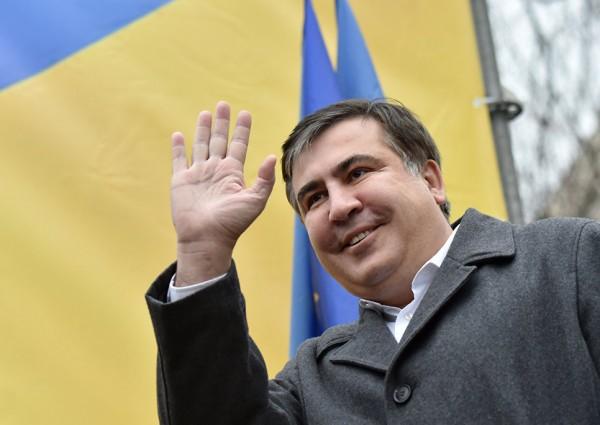 Саакашвили обвинил Порошенко во лжи и трусости