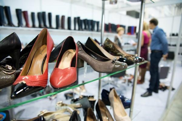 Путин предложил введение налога за некачественную обувь