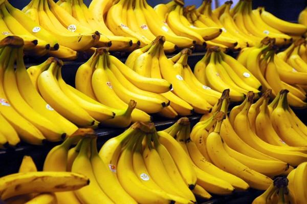 Геймер прошел Destiny 2 с помощью бананов