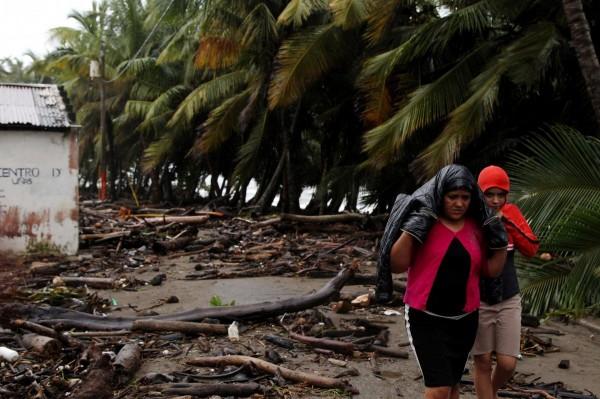 Ураган «Ирма» официально получил статус рекордно-мощного разрушителя