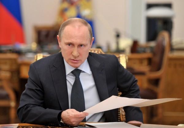 Путин: До 2019 года МРОТ нужно сравнять с прожиточным минимумом