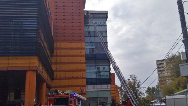 В Москве произошел пожар в ТЦ «Филион»