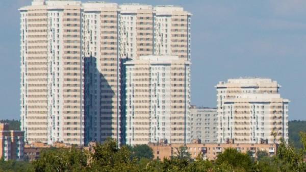 В Москве продадут 300 тысяч квадратных метров жилья в рамках реновации