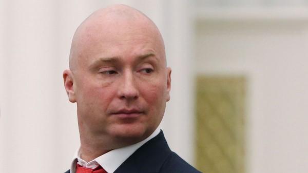 Лебедев в Госдуме извиняется перед мамой девочки без рук на видео