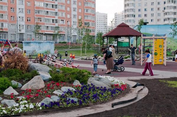 В Воронеже по федеральной программе отремонтировали 13 дворов
