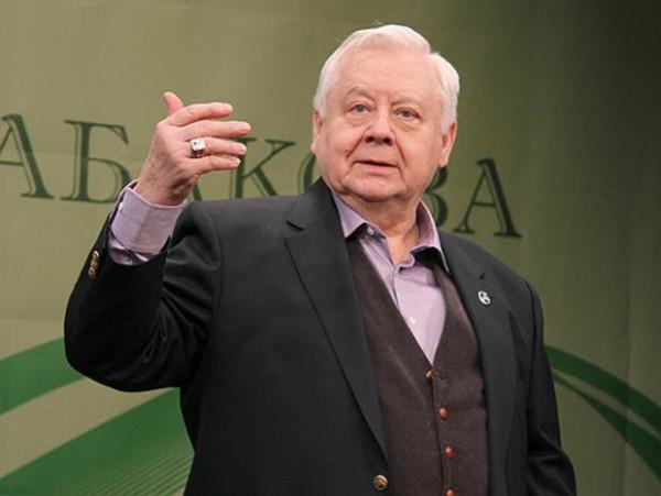 Олегу Табакову стало плохо во время спектакля