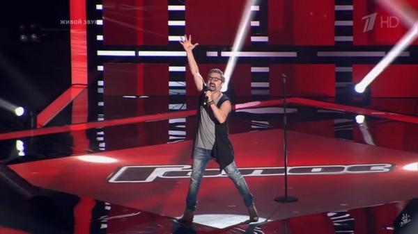 В новом сезоне «Голос» случился антураж с представителем из Кемерово