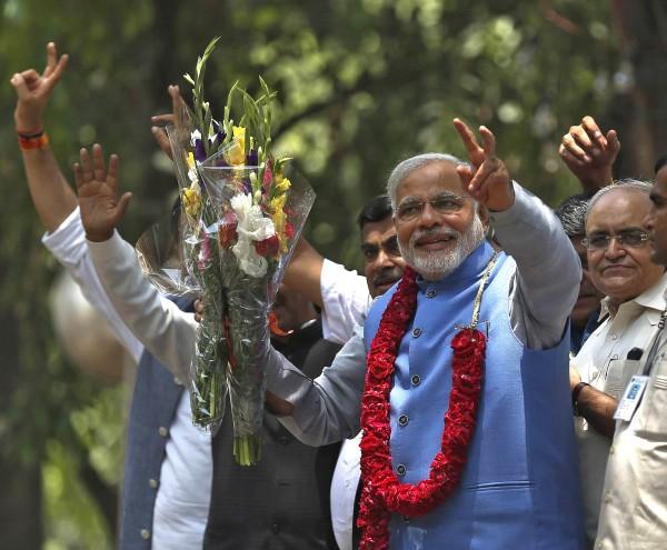 Премьер-министр Индии ввел в эксплуатацию плотину, строившуюся 30 лет