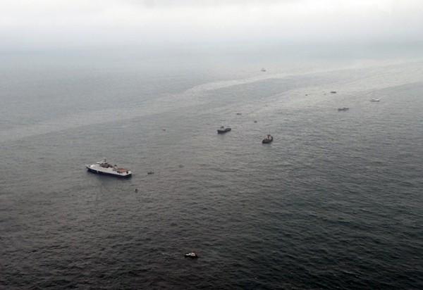 В Китае затонуло судно с 10 рыбаками
