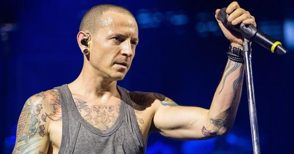 Группа Linkin Park посвятила клип погибшему солисту