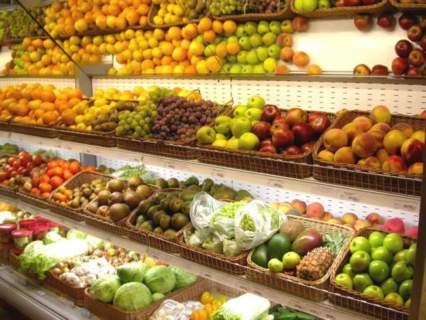Минфин выступает против снижения НДС на фрукты и ягоды